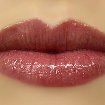 Goddess  Lip Gloss in Berry Color