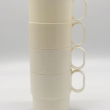 4 Retro Modern White Plastic Stacking Cups Stackable Mugs Camping Throwback