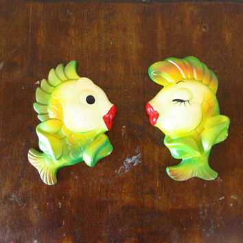 Vintage Chalkware Fish by Miller Studios, Kissing, Green, 1967