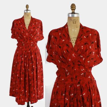 Vintage 40s Novelty DRESS / 1940s Dark Red Ladies with Parasols & Kites Print Rayon Dress M
