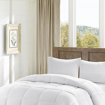 Madison Park Winfield Luxury Down Alternative Comforter in White