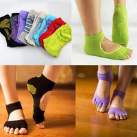 New Sport Socks Half Toe Ankle Grip Yoga Pilates Socks Five Toes No-Slip Cotton-N4 = 1931914436