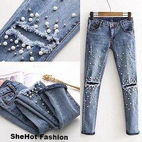 Women Fashion Destroyed Ripped Pearled Slim Jeans