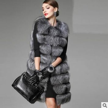 2018 Xulanbaby Winter Women's Coat Faux Fox Fur Vest Patchwork Plus Size Preppy Fur Coat  Sliver Fox Midi Vest Furry Coat AW169