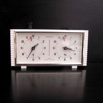 NEW vintage Jantar chess clock Soviet Russian white vintage table clock mechanical chess game tournament