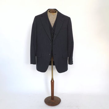Vintage Men's Two Piece Suit Charcoal Gray Sport Coat 1990s Brooks Brothers Jacket and Vest Wool Smoking Jacket Blazer Coat Preppy Oxford