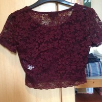 TOPSHOP LACE CROP TOP PURPLE/ BURGUNDY SIZE: 10