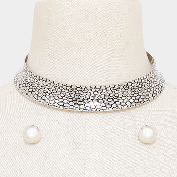"13.50"" embossed choker collar bib necklace .60"" earrings"