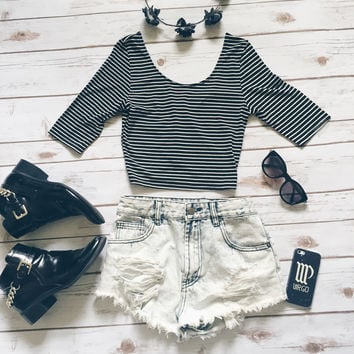 Bea Striped Scoop Neck Crop Top (Black)