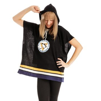 Pittsburgh Penguins NHL Stylish Knitted Cowl Hood Poncho (One Size Fits Most)