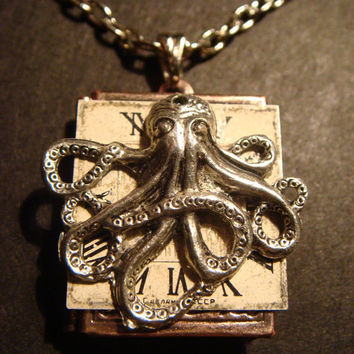 Victorian Style Steampunk Octopus with Watch Face Locket Necklace (516)