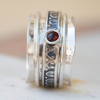 Sterling Silver Ring, Spinner Ring, Silver Spinner Ring, Ring with Stones, Silver Ring, Spinner Rings for Women, Wide Band Ring, Rhodolite