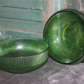 Green ribbed E.O. Brody bowl, candy dish, vintage glass, side dish bowl, serving bowl, green decor