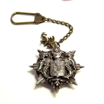 Gothic Keychain, Handmade, Vintage Button, Recycled Coat of Arms Brooch, Knight,  Dragon