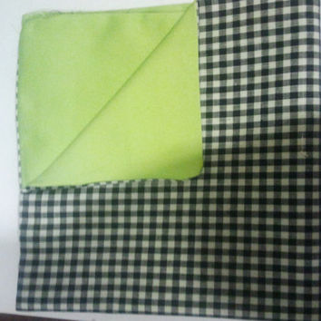 Mens Pocket Square Green & Black/White by natnwillies on Etsy