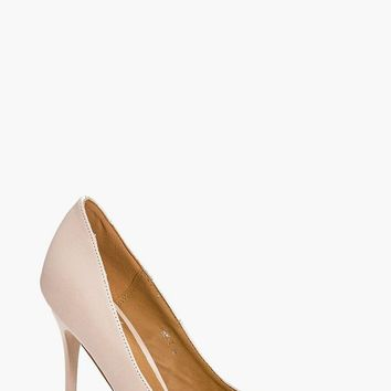 Lucy Pointed Glitter Sole Court | Boohoo