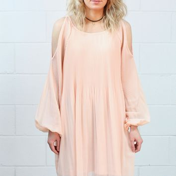 Pleated Perfection Open Sleeve Dress {Dusty Blush}