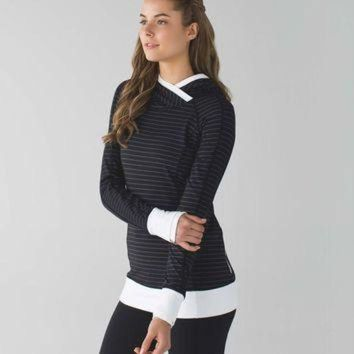 DCCKWV6 think fast hoodie | women's long sleeve running tops | lululemon athletica