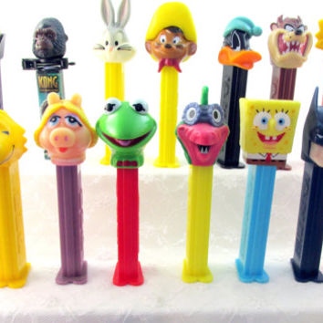 Pez Lot Collection 21 Pieces Disney Simpsons Peanuts King Kong Cartoon Characters Vintage Collectible Gift Item 1786F