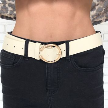 Buckle Up Gold Ring Belt in Ivory