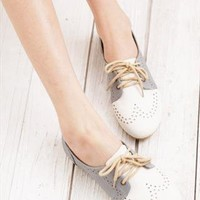 Vintage Flat Shoes from sniksa