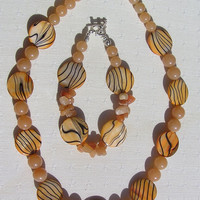 "Necklace & Bracelet Set - Mother of Pearl and Red Aventurine - ""Apricot Fantasia"" - Special Offer"
