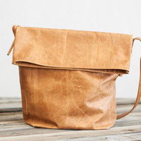Fullgive Leather presents the Bucket Bag.
