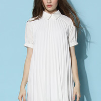 Dolly Pleated Swing Dress in White White