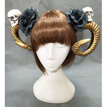 Skull & Golden Horns Hairpiece