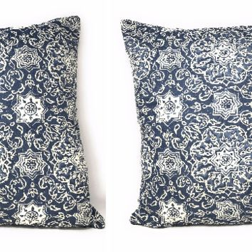 "DaDa Bedding Set of Two Boho Elegant Blue Lapis Floral Cushion Covers, 18"", 2-PCS (14932-3)"