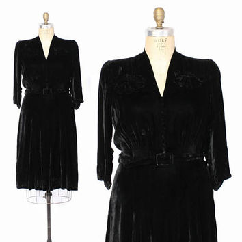 Vintage 30s Velvet DRESS / 1930s Plus Size Black Velvet Puff Sleeve Dress L - XL