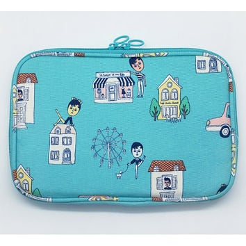 Oohlala Aurore village fabric small zip around pouch
