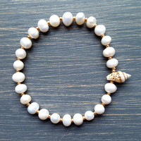 Natural Freshwater Pearl & Seashell Beach Bracelet