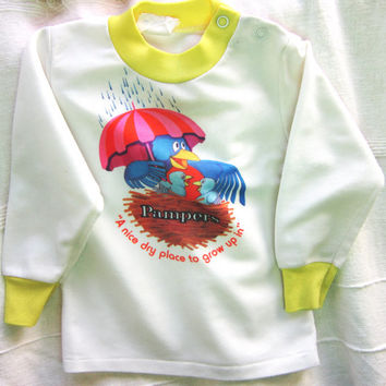 Vintage Baby's Pampers Tshirt 1970s Pampers Brand A Nice Dry Place to Grow Up In, Seventies T-shirt