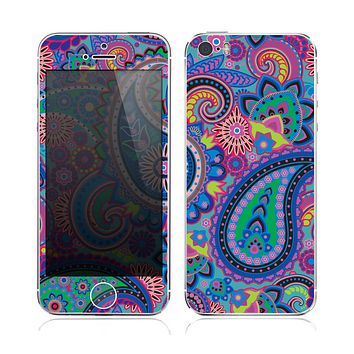 The Bold Colorful Paisley Pattern Skin for the Apple iPhone 5s