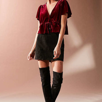 UO Goldie Velvet Cropped Tie-Front Top   Urban Outfitters