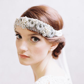 1920s bridal beaded headband - Silk ribbon veil - Style Belle de Jour no. 1957