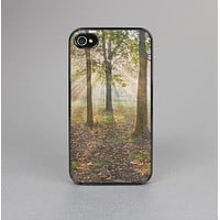 The Vivia Colored Sunny Forrest Skin-Sert for the Apple iPhone 4-4s Skin-Sert Case