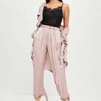 Missguided - Carli Bybel x Missguided Purple Satin Cargo Pants