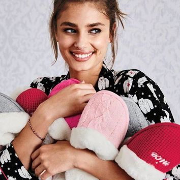 ONETOW Victoria's Secret The Embroidered Cozy Slipper