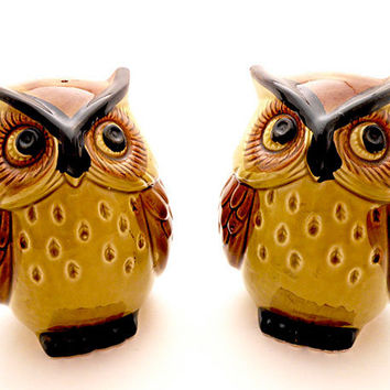 Vintage Owl Salt and Pepper Shakers / Figurines by Lego Japan