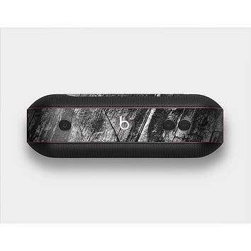 The Cracked Black Planks of Wood Skin Set for the Beats Pill Plus