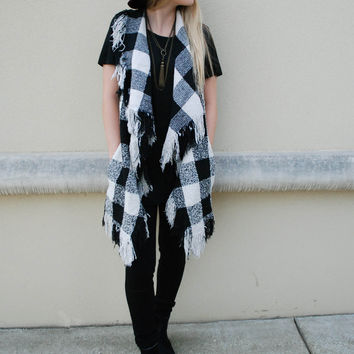 Plaid Fringe Vest - Black + White
