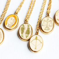 Oval Wood Astrology Necklace - Aquarius, Leo