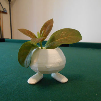Oddish planter, Pokemon, 3D printed, Oddish, cute monster, gift, 90s, hot, summer sale, garden pot, Home & Garden