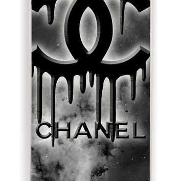 iPhone 4 Case - Rubber (TPU) Cover with Coco Chanel Black Logo Rubber Case Design