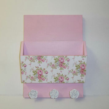 Shabby Chic Pink & Floral Wall Organizer