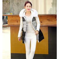 Women : Adorable Down Coat in White and Black YRB0580