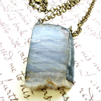 Blue Lace Agate Crystal Necklace, Rough Cut Blue Agate Mineral, Sliced Agate Jewelry, Baby Blue Agate, Crystal Necklace, Blue Stone Necklace