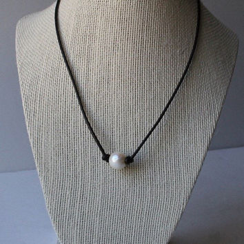 Single White Freshwater Pearl and Leather Necklace